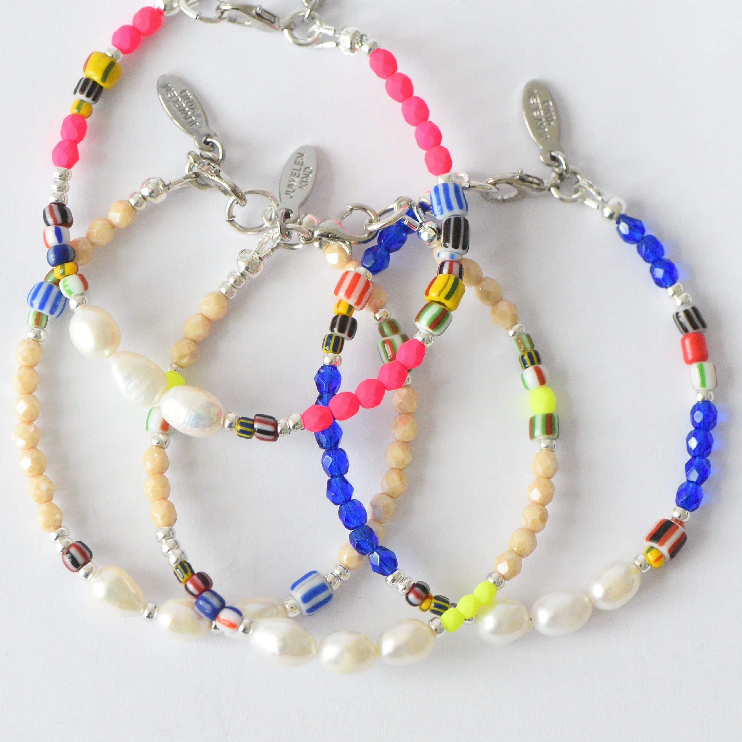 LJSLYJ Bunte Acryl Perlen Armb/änder f/ür Frauen lila Kristall Yoga Armband Lotus Schmuck